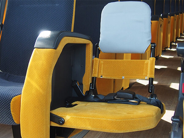 大型バス[新型] AT車